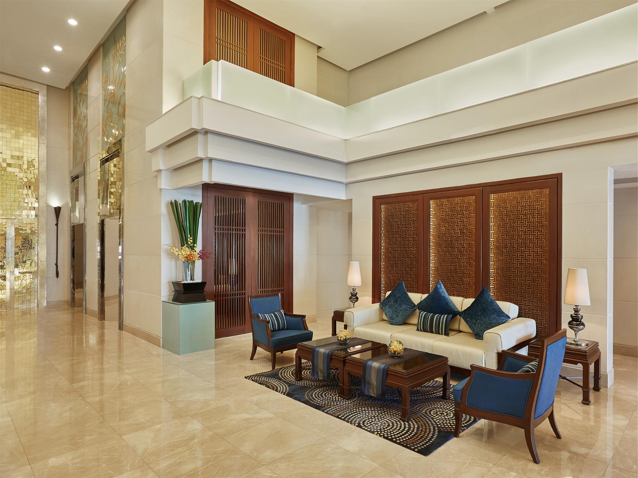 โรงแรมเซ็นเตอร์ พอยต์ สีลม