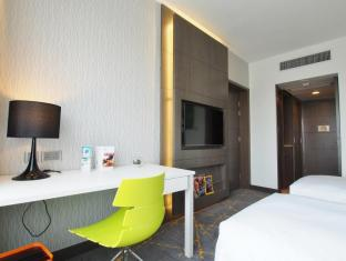 The Cityview Hotel Hong Kong - Newly Renovated Premier Room