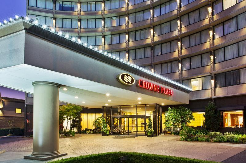 Crowne Plaza Hotel Portland-Downtown Convention Center image