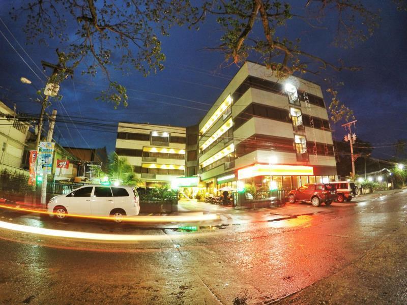 Tuguegarao City Philippines  city photo : Holiday Plaza Hotel Tuguegarao City, Philippines: Agoda.com