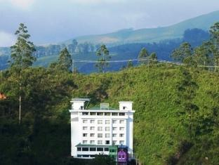 Clouds Valley Leisure Hotel - Munnar
