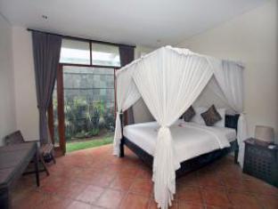 Villa Hemingways