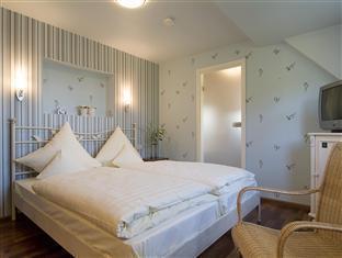 Best PayPal Hotel in ➦ Mettlach: Hotel Haus Schons