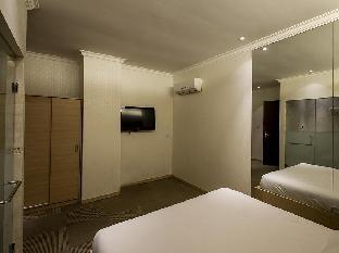 Hin's Hotel