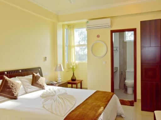 Crystal Beach Inn hotel accepts paypal in Male City and Airport