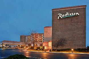 Get Promos Radisson Hotel Cleveland Airport West