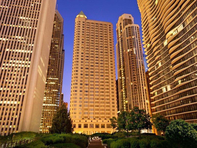 Fairmont Chicago Millennium Park image
