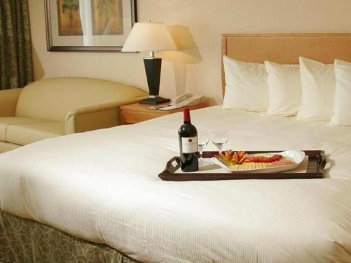 The Florida Hotel and Conference Center BW Premier Collection hotel accepts paypal in Orlando (FL)