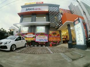 Jalan Setiyaki No.7 Sriwedari, Laweyan,Solo Tlp. 0271 7466870