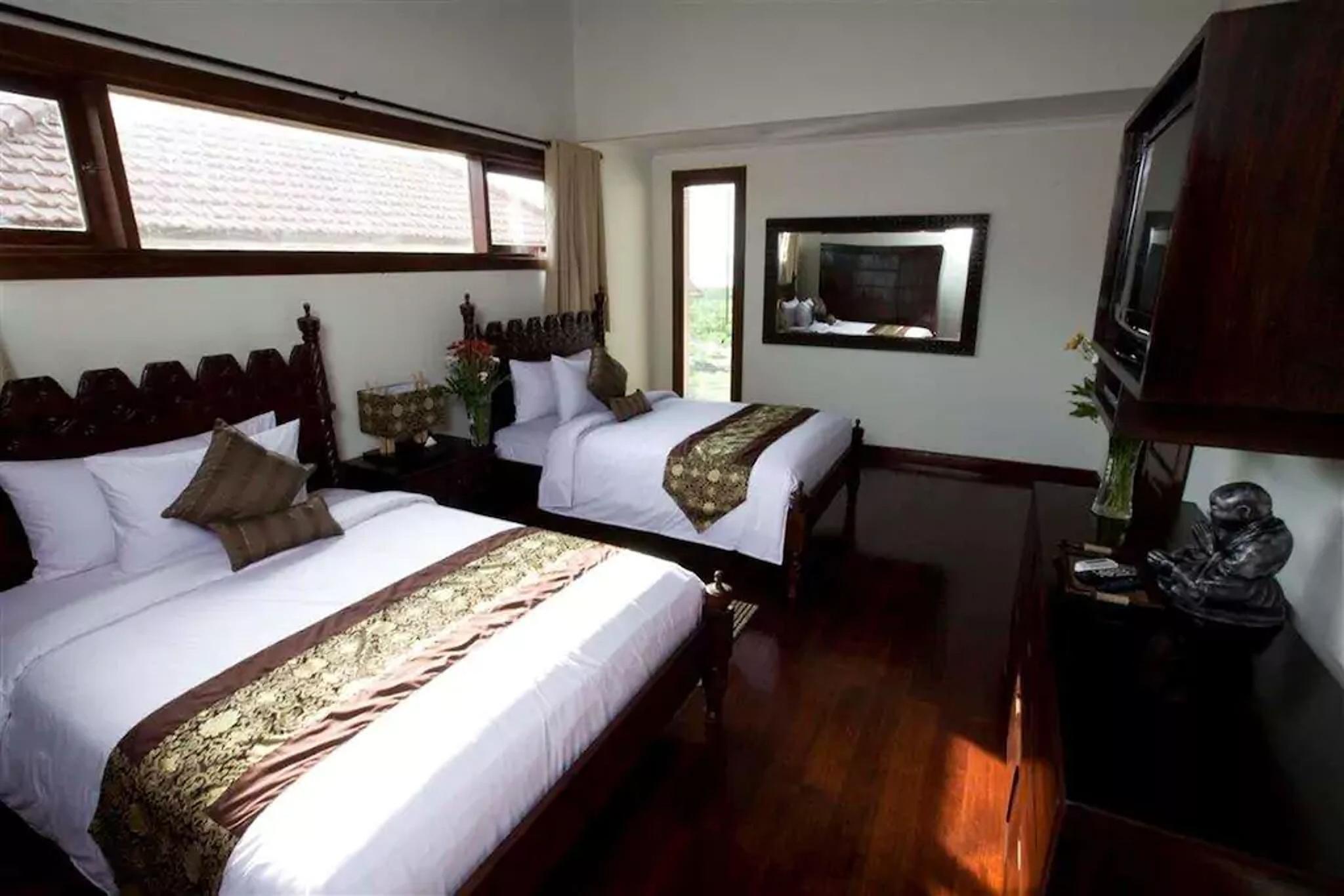 Royalty Queen 6 Bedroom Villa