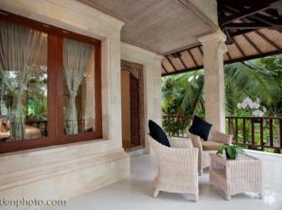 Arma Museum Resort & Villas Bali - Balcony/Terrace