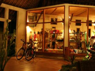 Puri Dajuma Beach Eco Resort & Spa Bali - trgovine