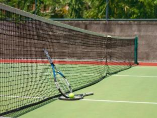 Rama Beach Resort & Villas Bali - Tennis Court