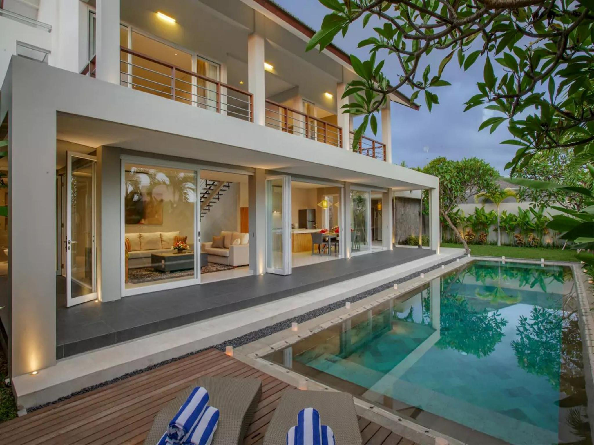 4 Bedroom Luxury Villa Delmar at Brawa Beach