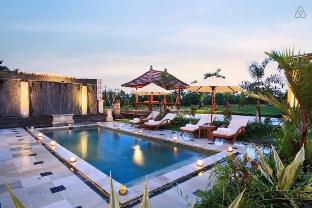 1 BR Luxury Villa Ricefield Overview at Ubud - ホテル情報/マップ/コメント/空室検索