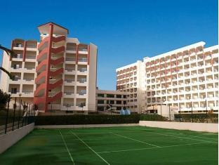 帕米拉斯24H全包比利酒店