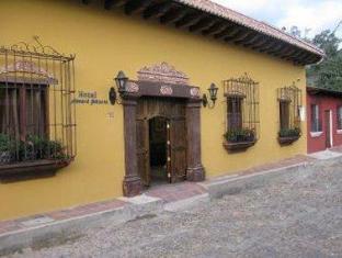 booking.com Howard Johnson Antigua Guatemala