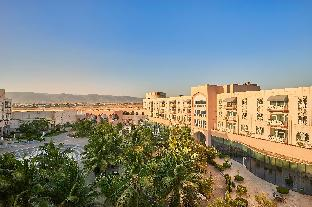➦  Safir Hotels & Resorts    (Z̧ufār) customer rating