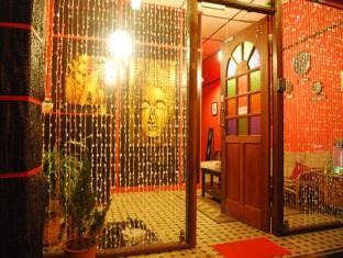 Threehouse Bed and Breakfast Kuching - Hotel Innenbereich