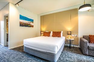 York On Lilydale Resort Yarra Valley takes PayPal