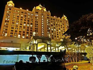 Waterfront Cebu City Hotel and Casino Cebu City - Esterno dell'Hotel