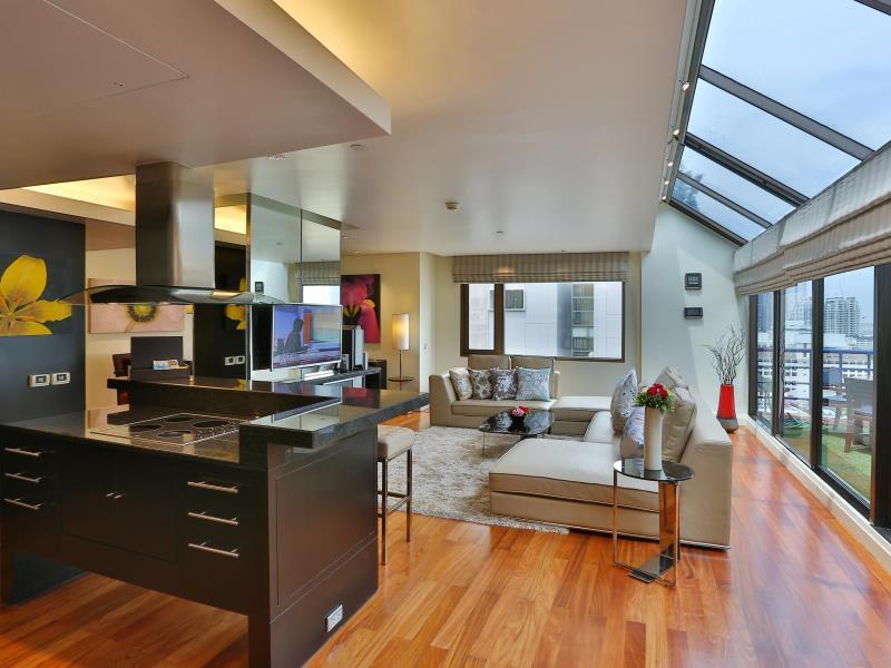 Two Bedroom Penthouse Suite With Breakfast
