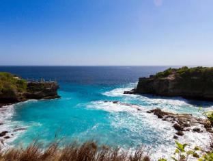 The Palms Ceningan Hotel Bali - Nusa Ceningan Blue Lagoon