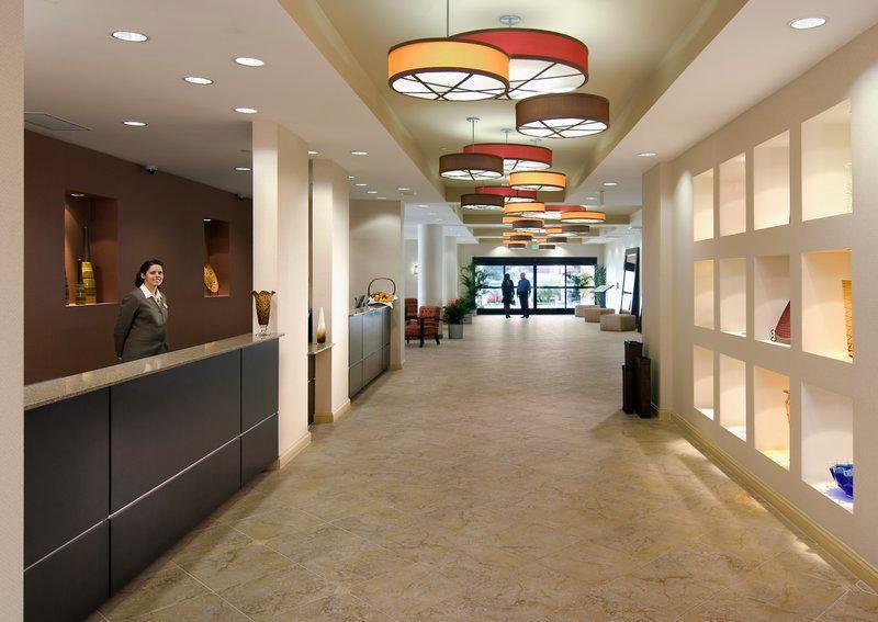 Crowne Plaza Hotel Ventura Beach image