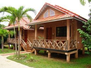 Bamboo Natural Restaurant & Guest House
