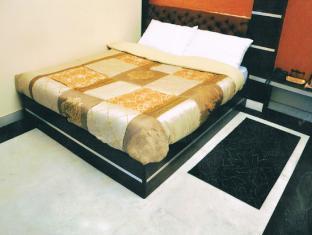 Hotel Traditional Inn New Delhi - Gastenkamer