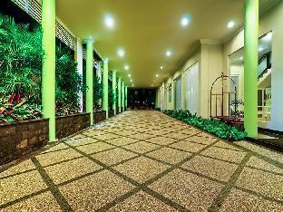 Jalan K.H. Agus Salim 97