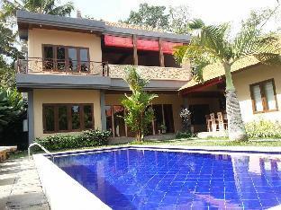 Pukakoo Villa