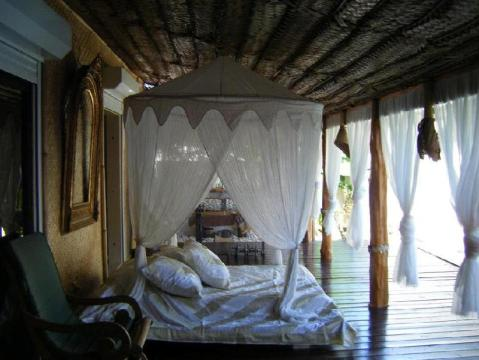 Polynesian Dream Lodge Beach Resort Deals