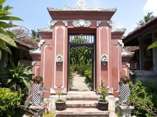 Indra Pura Hotel