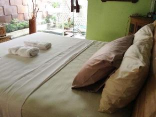 booking.com Joglo Villa