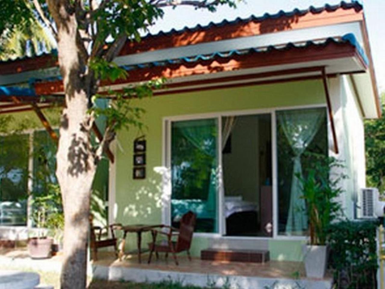 ศินารี บ้านสวน รีสอร์ท (Sinaree Bansuan Resort)