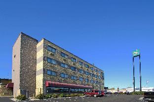 Park Hotel & Suites