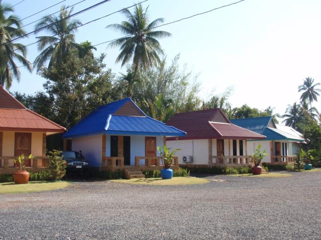 พร้อมตะวัน รีสอร์ท (Promtawan Resort)