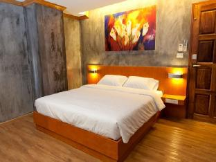 รูปแบบ/รูปภาพ:Chaphone Guest House