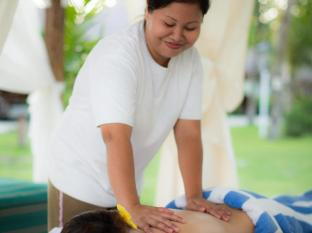 Bohol Beach Club Resort Panglao Island - outdoor massage