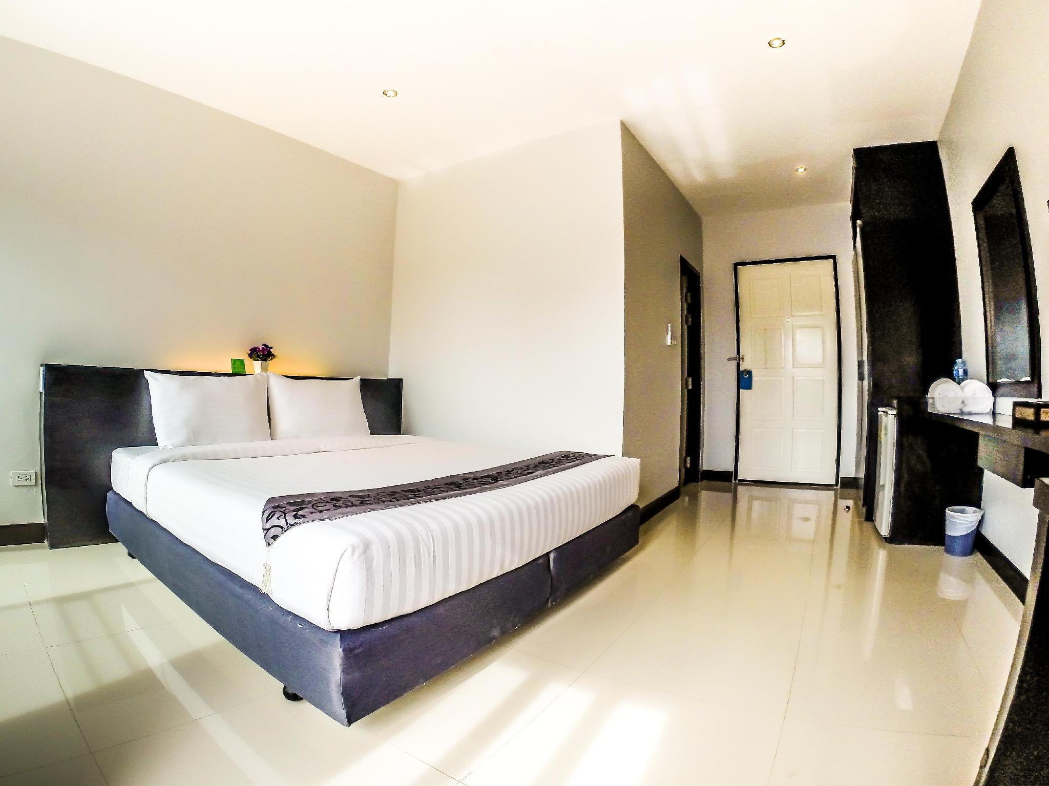 Room of My Place Phuket Airport Mansion