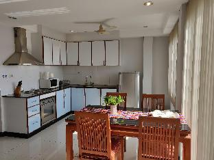 %name Amstellux Deluxe Serviced Apartments No.5 พัทยา