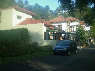 Villa Roemi Ciwaruga