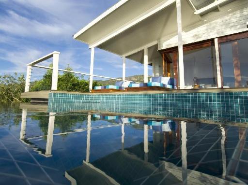 Best guest rating in Great Barrier Reef ➦ Heron Island Resort takes PayPal