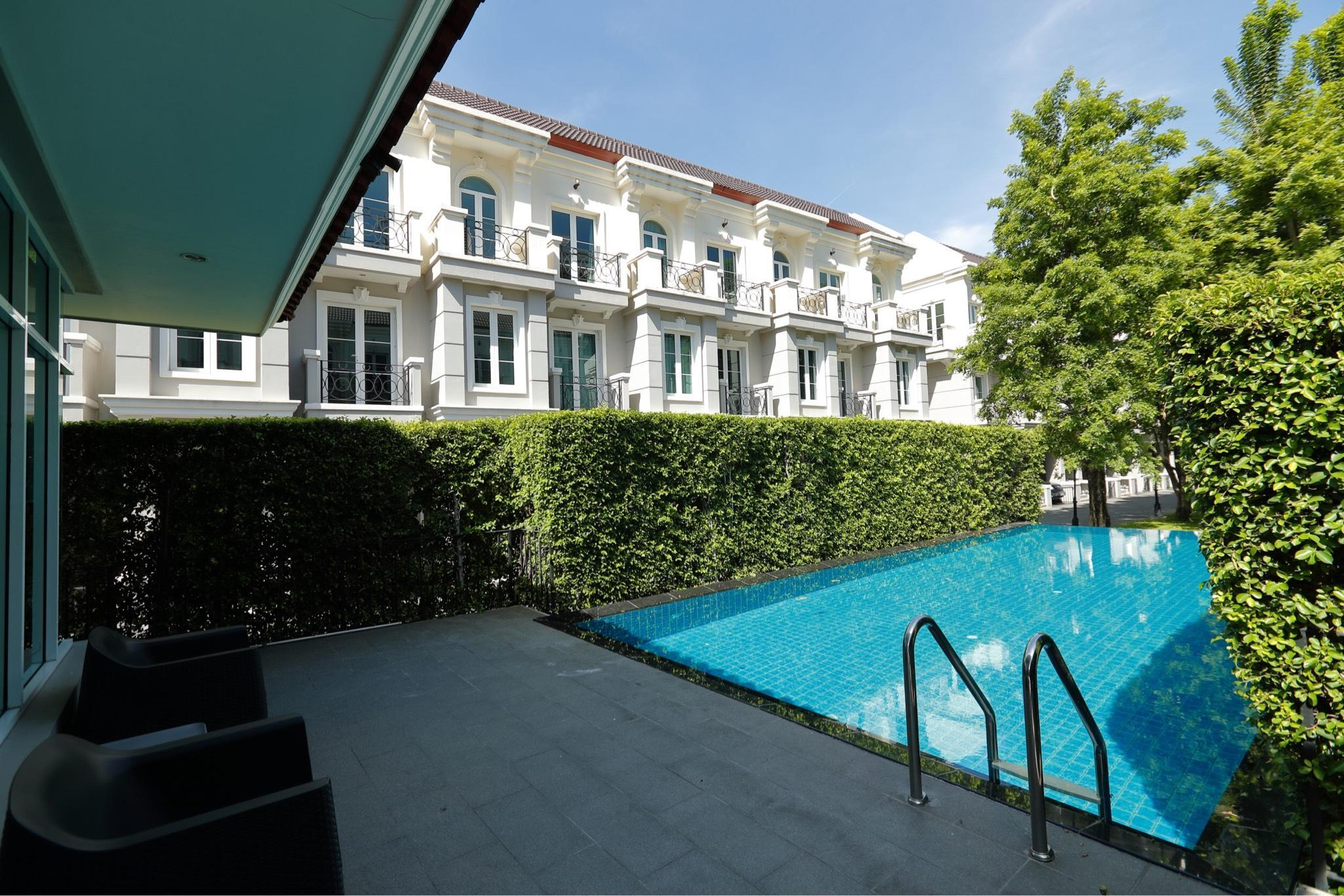 Sukhumvit16 ,Bangkok-PerFect Home 402