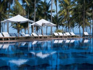 /vivanta-by-taj-holiday-village/hotel/north-goa-in.html?asq=5VS4rPxIcpCoBEKGzfKvtBRhyPmehrph%2bgkt1T159fjNrXDlbKdjXCz25qsfVmYT