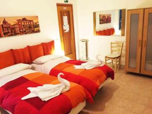 Roman Holidays Rooms Otranto Guest House