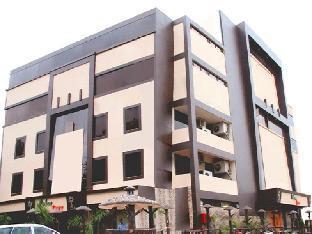 Hotel Palm Tree Алигарх
