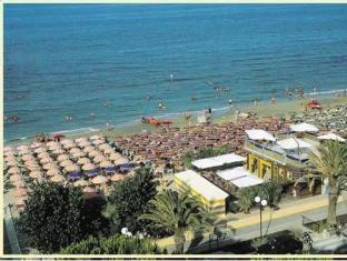 Hotel Felicioni Pineto - Beach