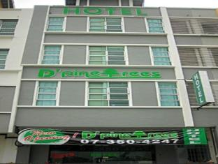 D Pinetrees Hotel